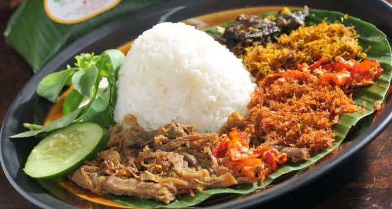 Nasi tepeng bali subak cooking.jpg