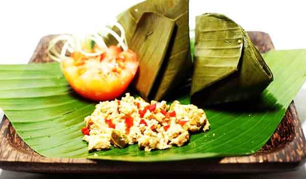 tum-ayam-bali subak cooking class.jpg